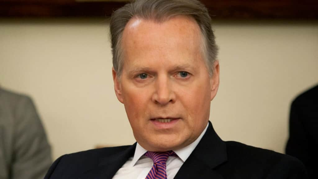 Anti-Gay Congressman David Dreier Caught Being Gay